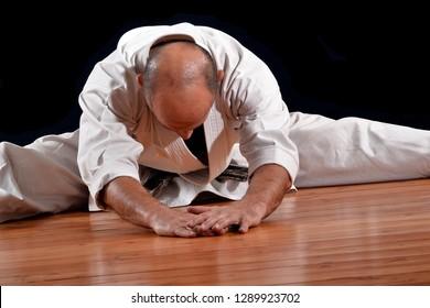 stretching karate master