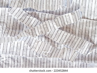 Stripes of crumpled DNA sequence