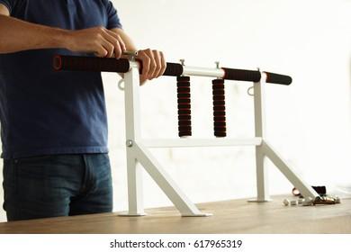 Strong man manufacturing hardware sport horizontal bar