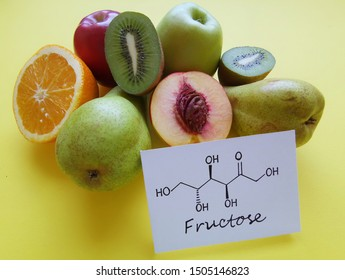 Structural chemical formula of fructose with fresh, low-fructose and high-fructose fruits. Fructose (fruit sugar), is a simple ketonic monosaccharide found in many plants. Apple, orange, kiwi, pear...