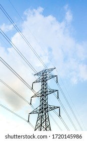 The structure of the high voltage electricity pole For transmitting large amounts of electricity