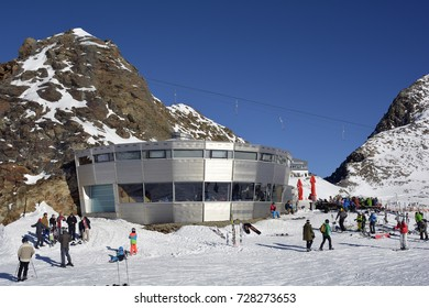 STUBAI, TIROL, AUSTRIA - DECEMBER 20: Unidentified people enjoy winter sports on ski resort Stubaier glacier in Austrian Alps, on December 20, 2015 in Stubai, Austria