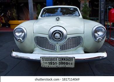 studebaker commander retro classic car - Batu, Malang 12 September 2020