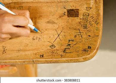 School Desk Drawing Images, Stock Photos & Vectors ...