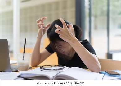 Student headache with working job and home work