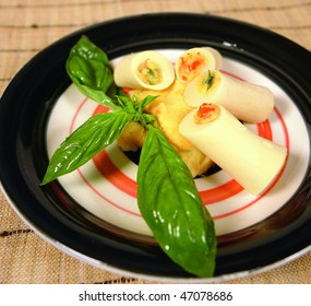 Stuffed heart of palm dish