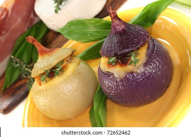 stuffed onions with goat cheese, bacon and thyme