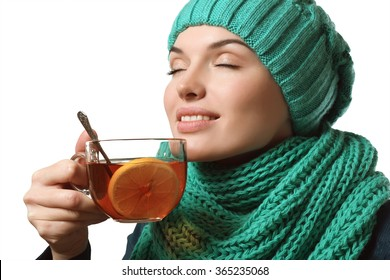 stuffy nose, cold, woman drinking tea with lemon
