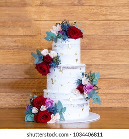 Stunning Cakes. Professional. Celebration, wedding, birthday, party, engagement, floral cakes.