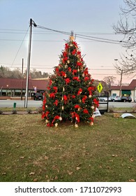 Stunning Christmas Tree located in the center of town