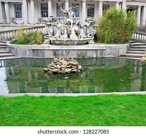 stunning Neptune fountain in Cheltenham, United Kingdom