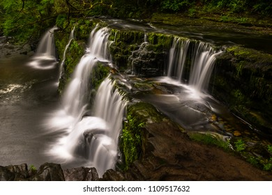 The stunning Niagara-like appearance of Sgwd y Pannwr (fall of the fuller) waterfall along the four waterfall walk, waterfall country, Brecon Beacons, Wales