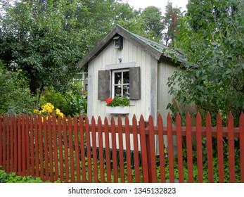 Stunning Scandinavian garden shed