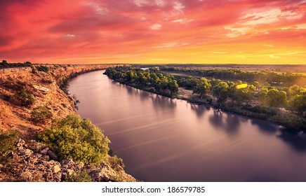 A stunning sunset on the River Murray