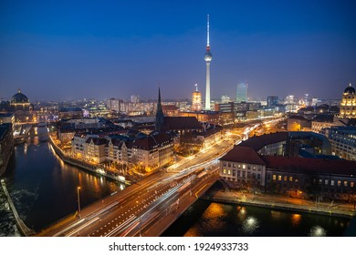 stunning view over Berlin city center and the Spree river at night