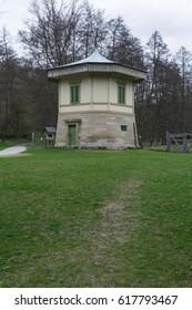 Stuttgart Rotwildgehege European Hut Park Germany Baerensee Outdoors WIlderness Path Nobody Autumn Cold
