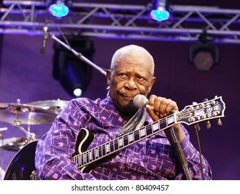 STUTTGART-JULY 01: Legendary blues guitar player B.B. King in concert at Jazzopen Stuttgart July 01, 2011 in Stuttgart, Germany