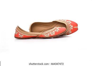 stylish amrisari punjabi paitala footwear for girls jatti