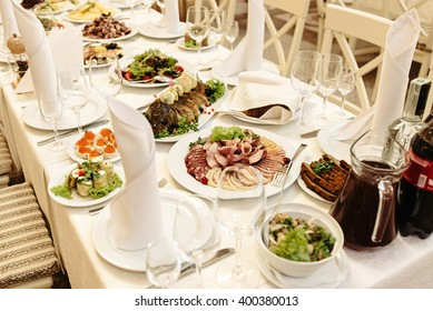 b0779d0154e stylish fashionable decorated table with flowers and delicious food