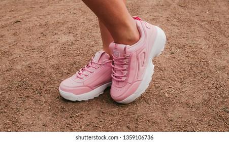 Imágenes, fotos de stock y vectores sobre Womens Sports