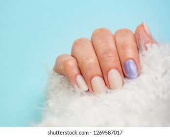 Stylish nail of the depth of winters