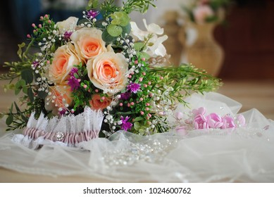 Stylish wedding. Wedding details. Bride's bouquet. Women's accessories. Female life style.