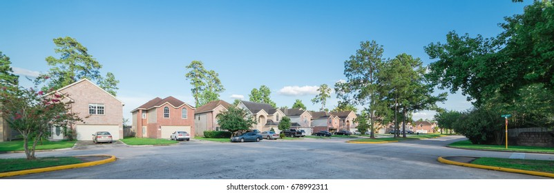 Suburban residential area, row of modern townhomes in Humble, Texas