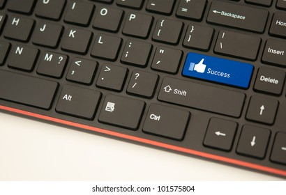 Success button on keyboard concept