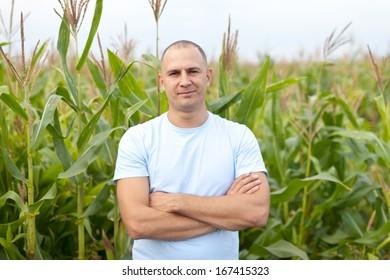 successful agriculturist in field of corn