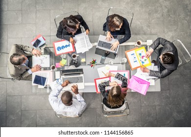 Successful business team in a meeting conference room, concepts about teamwork and business - Team brainstorming in a modern start up office