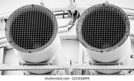 Suction nozzle for ventilation connection in a department store, black and white developed