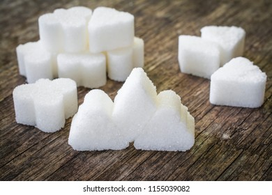 sugar cubes sweet food on the table