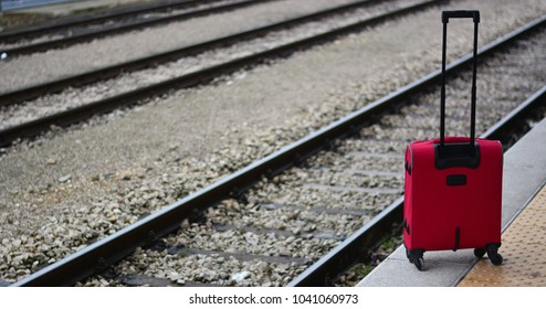 the suitcase at the station