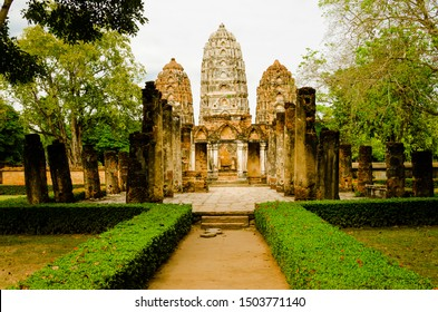 Sukhothai : The archaeological site at Wat Sri sawai temple. Temple in Sukhothai Historical Park. Declared as World Heritage Site by UNESCO. Is one Landmark and famous of Sukhothai province, Thailand.