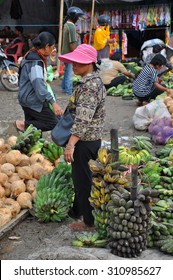 SULAWESI, INDONESIA - Aug, 09: Traditional market on the street in the Sulawesi Region of Indonesia on August, 09, 2012.