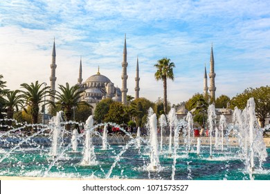 Sultan Ahmed Mosque (Blue mosque) and fountain in Istanbul, Turkey in a beautiful summer day