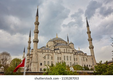Sultan Ahmed Mosque Blue mosque in Istanbul, Turkey in a beautiful summer day