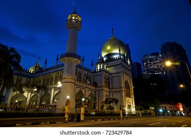 Sultan mosque is considered one of the most important mosques in Singapore