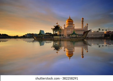 Sultan Omar Ali Saifuddien Mosque is an Islamic mosque located in Bandar Seri Begawan, the capital of the Sultanate of Brunei. Considered as one of the most beautiful mosques in the Asia Pacific.