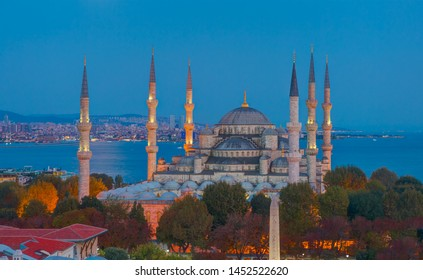 The Sultanahmet Mosque (Blue Mosque) at twilight blue hour - Istanbul, Turkey