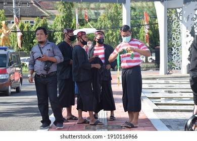 Sumenep district government officials wearing traditional Madurese clothing on the 751th birthday of Sumenep at the office of the Regent of Sumenep, Madura, Indonesia on October 30, 2020