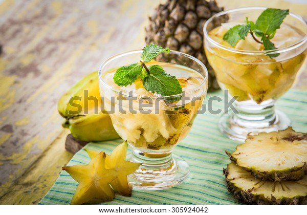 Summer fresh fruit Flavored infused water mix of starfruit and pineapple