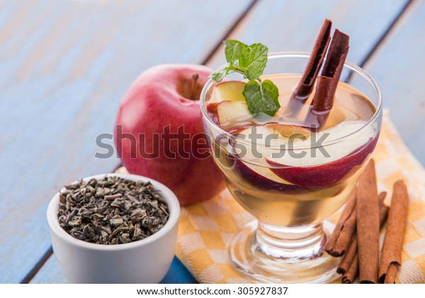 Summer fresh fruit Flavored infused water mix of green tea, cinnamon, and apple