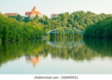 Summer Landscape with Veveri Castle. Natural colorful scenery in sunset light. Brno dam-Czech Republic-Europe. the Brno dam. - Image.