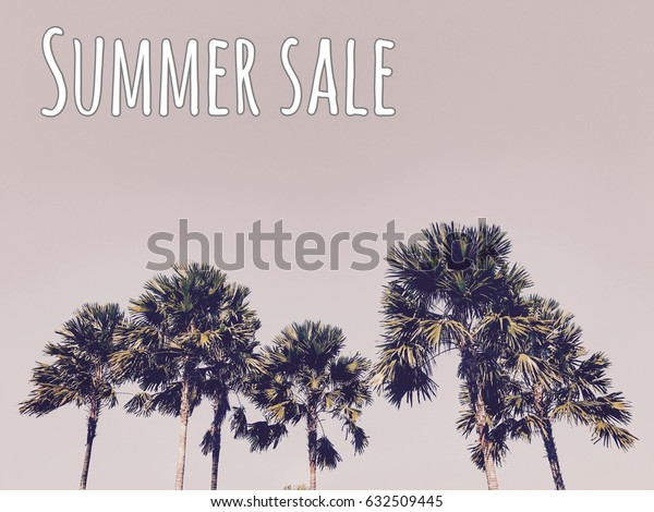 SUMMER SALE on tropical background.