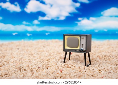Summer of sandy beaches and TV