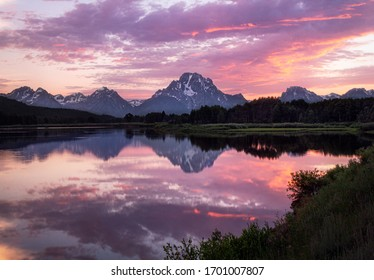Summer sunset in Grand Teton National Park at Oxbow Bend in Wyoming.
