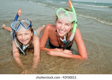 Summer vacation - snorkel girls portrait