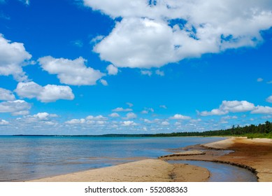 Summer view of Lake Superior shoreline in the upper peninsula of Michigan.