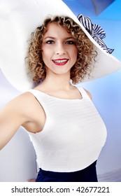 Summer woman wearing white hat